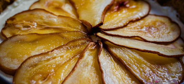 Thanksgiving dessert: Maple Cheesecake with Roasted Pears. Recipe from Martha Stewart. © 2013 Sugar + Shake